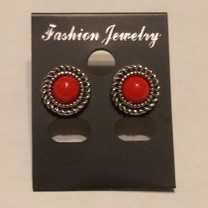 Vintage Red 💲Stud Earrings🤑
